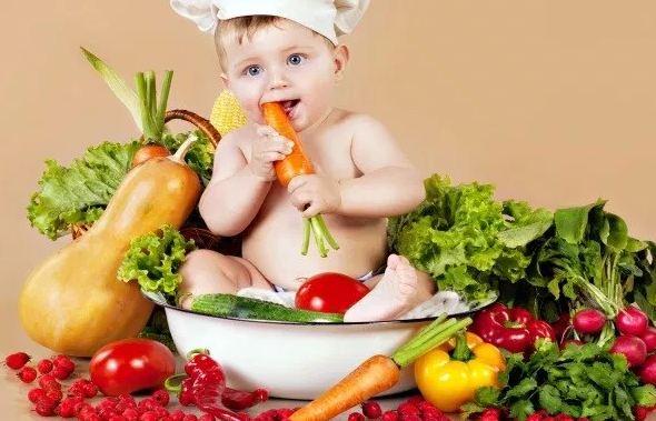 Chế độ dinh dưỡng cho bé 1 tuổi cha mẹ nên tham khảo