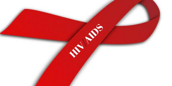 Người bị nhiễm HIV không điều trị sống được bao lâu?